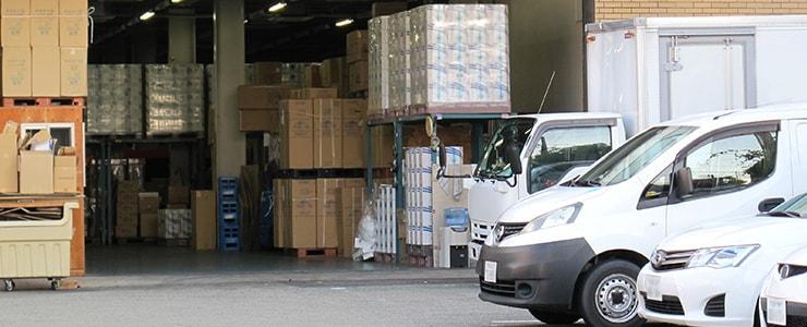 福岡県の卸売業者の倉庫