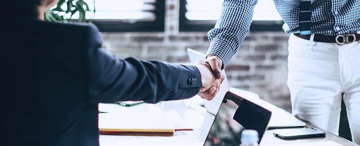 3社間ファクタリング契約を締結する企業